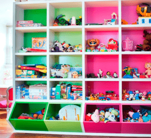 organizar-juguetes-colores